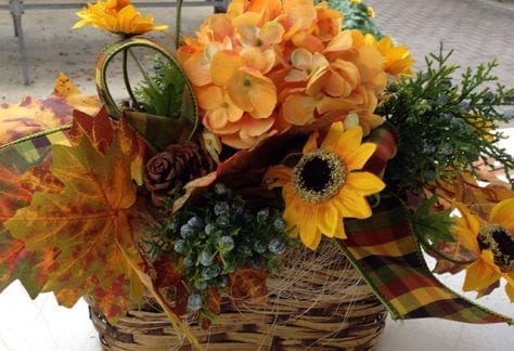 fall, holiday, winter, centerpiece
