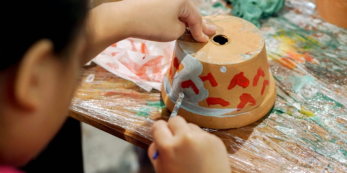 gardening-crafts-for-kids-painting-pots