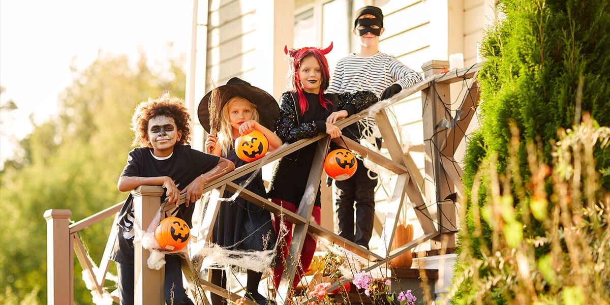 platt-hill-outdoor-activities-halloween-home-kids-costumes-stairs