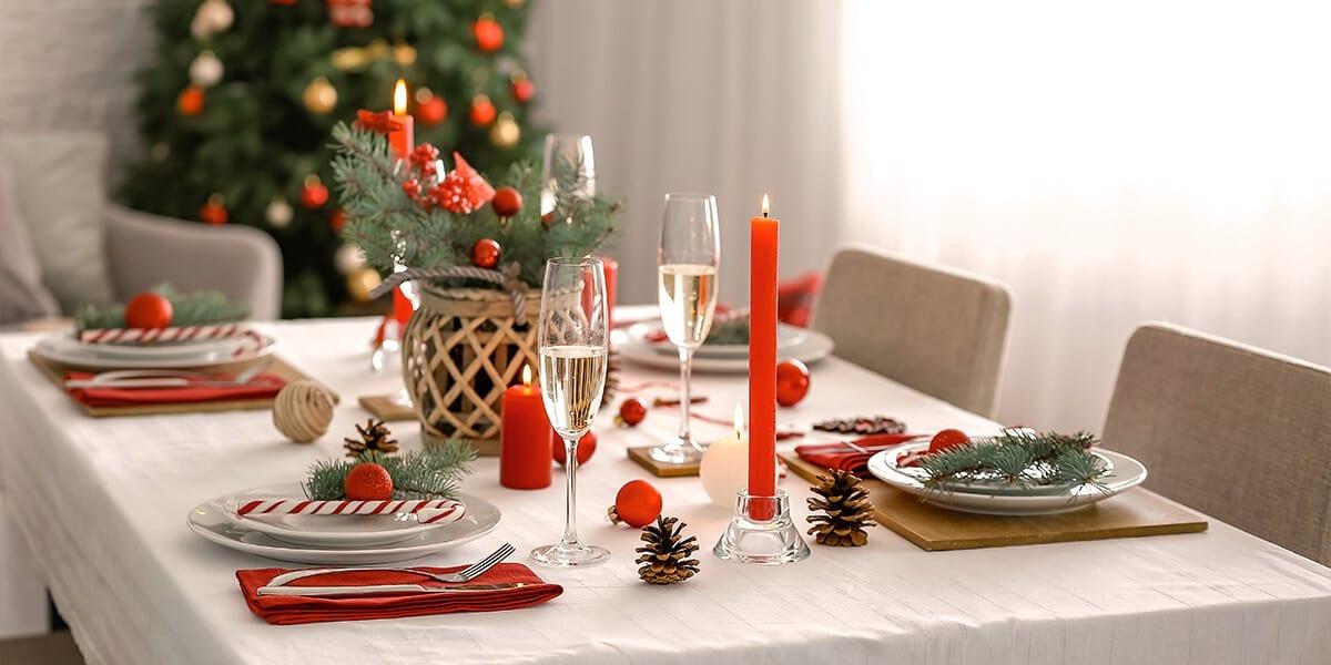 platt-hill-holiday-decor-hotspots-christmas-dining-room