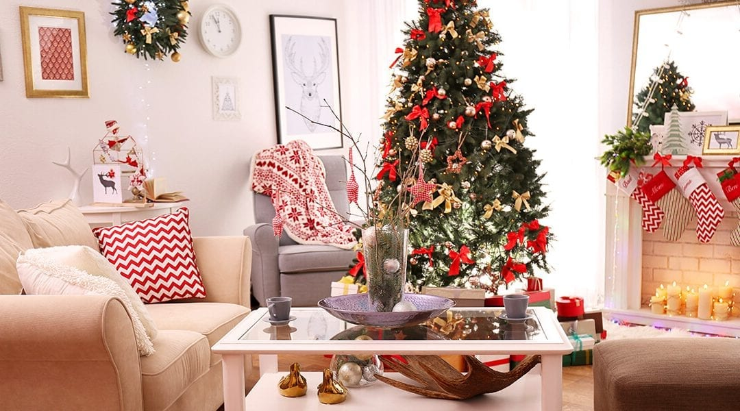17 Holiday Decor Hotspots: Decking the halls room-by-room
