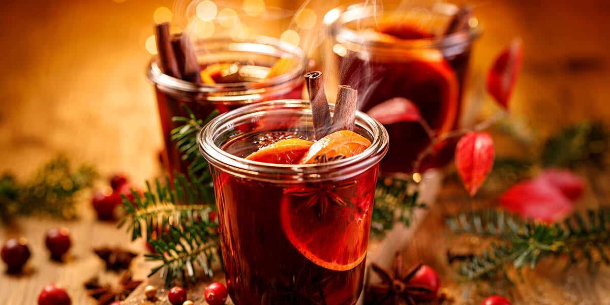 platt-hill-holiday-decor-trends-hot-mulled-wine-spices
