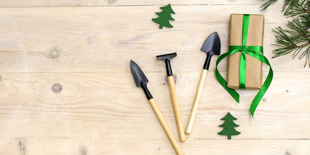 platt-hill-holiday-gift-guide-2020-garden-tools-wrapped-gift
